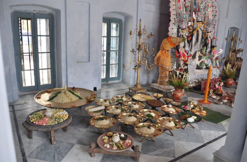 বঙ্গরঙ্গবিধায়িণী দুর্গা: সুজলা-সুফলা-শস্যশ্যামলা বাংলার নিজস্ব আয়োজন—শারদীয়া দুর্গাপূজা